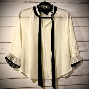E&M Ivory Blouse with Black Tie and Lace Large